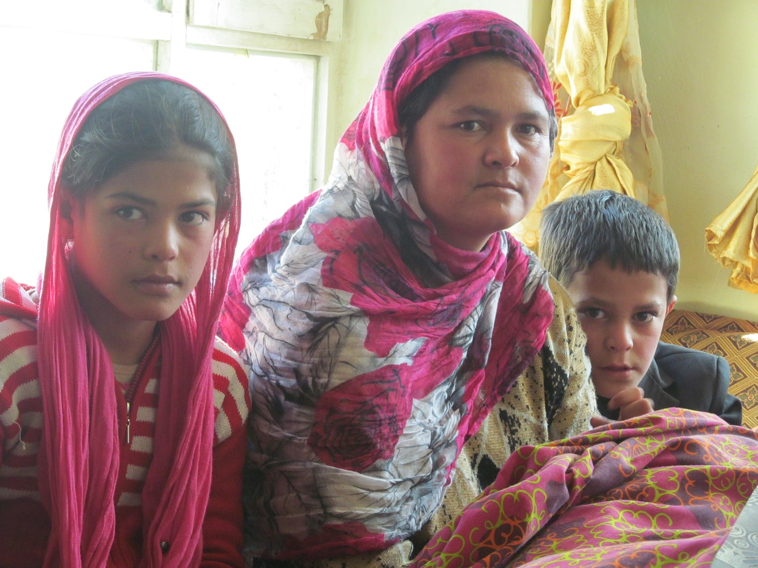 Hakim's Pics: Bereaved Afghan Mother